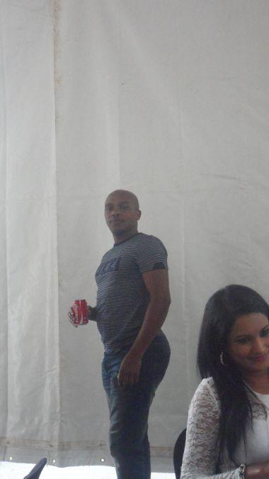 Celebrity dating bodyguard photo 31