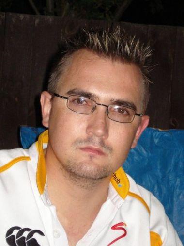 Mossel2010