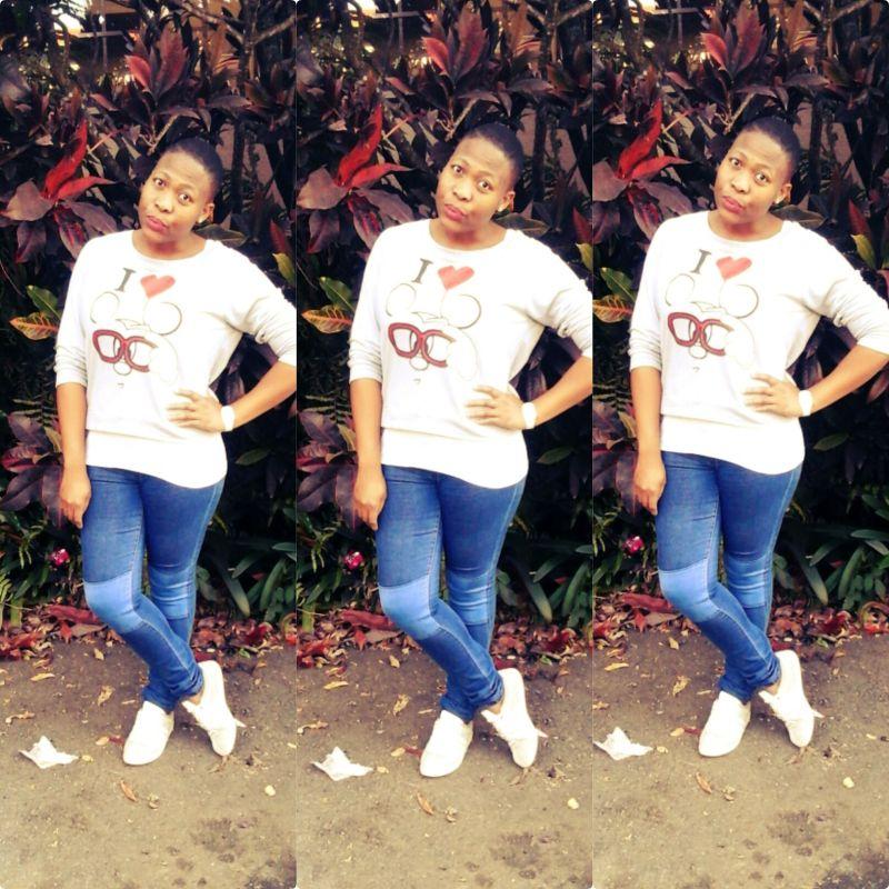 Queen_Tee544